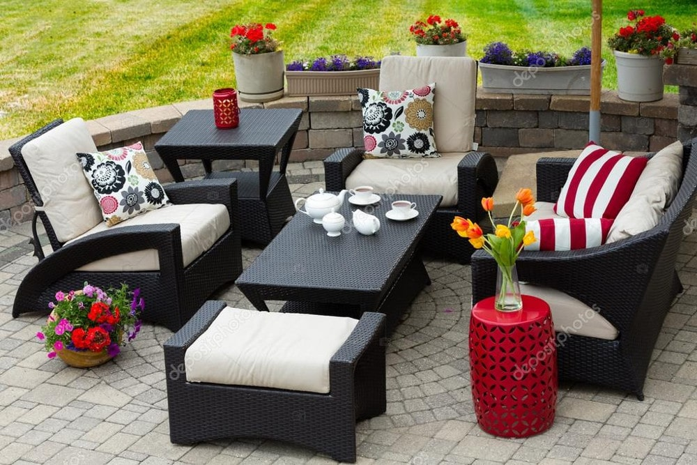 patio furniture cleaning in Toronto Ontarion